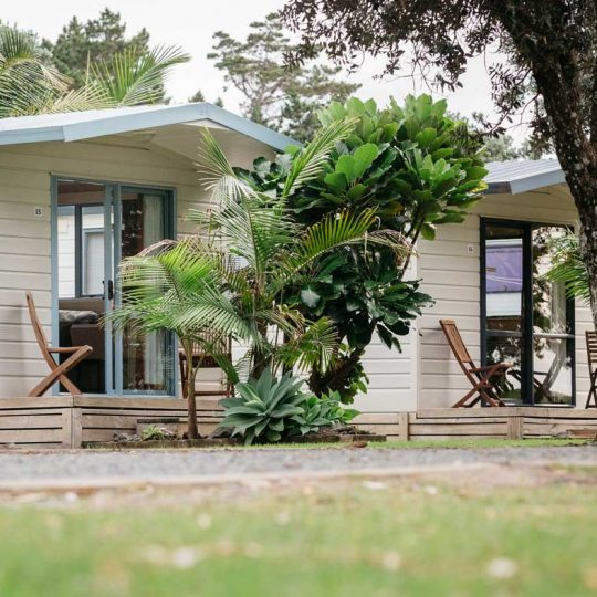 https://pakiriholidaypark.co.nz/wp-content/uploads/2016/12/Self-Cabin-15-540x540.jpg